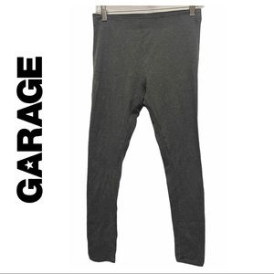 3/$15 ☘️ Garage Grey Leggings